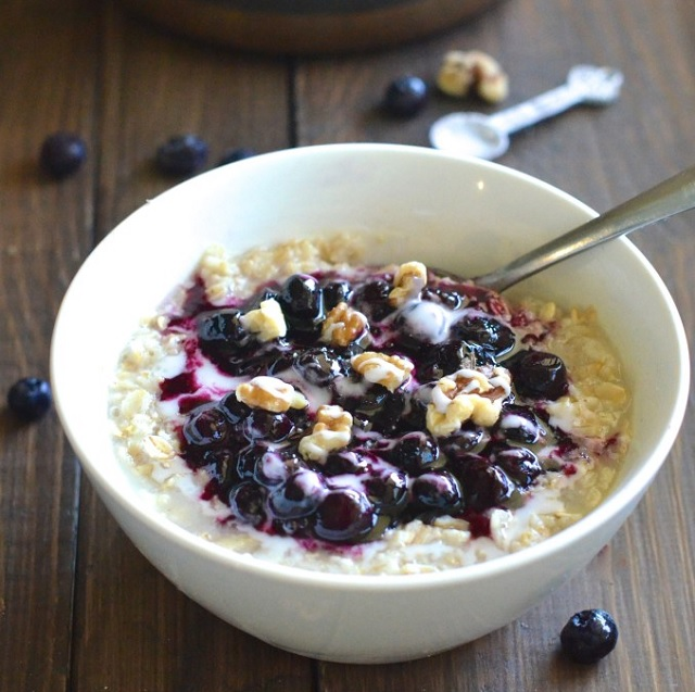 Blueberry Pie Oatmeal